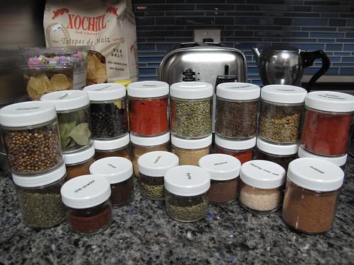 pretty spices, in pretty, uniform jars