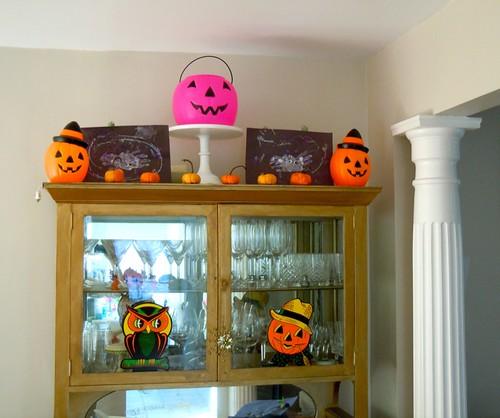Halloween decor, hutch