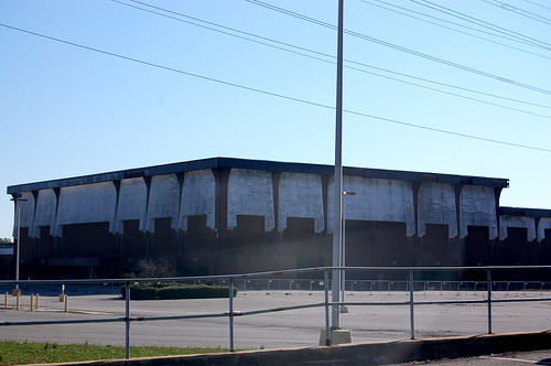 Cloverleaf Mall, Richmond, VA (abandoned since 2008) (3/6)