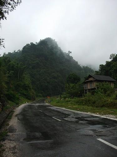 Road in Son La by Carlos F. Domingo