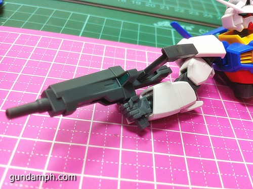 1 144 HG Gundam AGE-1 Normal Review OOB Build  (41)