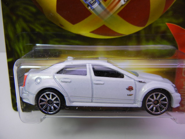 2011 hot wheels holiday hot rods cadillac cts-v (2)