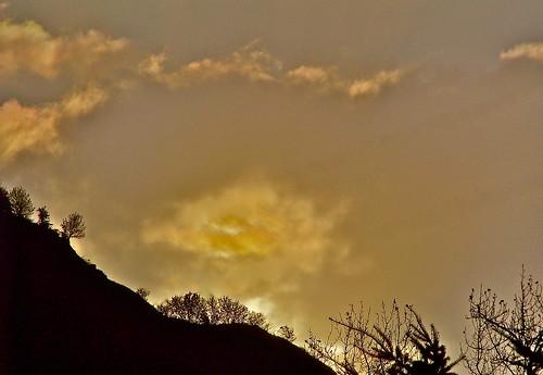 Sun Rise by WETCLOUD