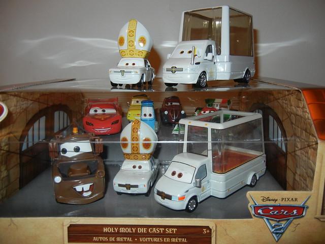disney store cars 2 holy moley diecast set (3)