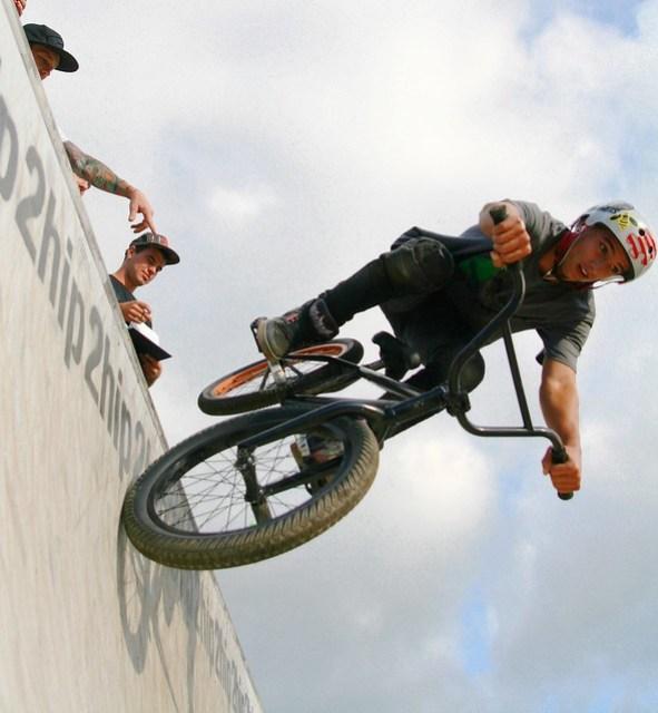 2Hip BMX