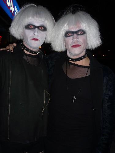 Clones Clones