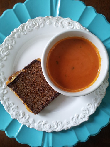 grilled cheese tomatoe soup