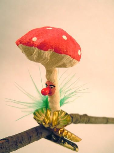 Spun cotton mushroom clip ornament