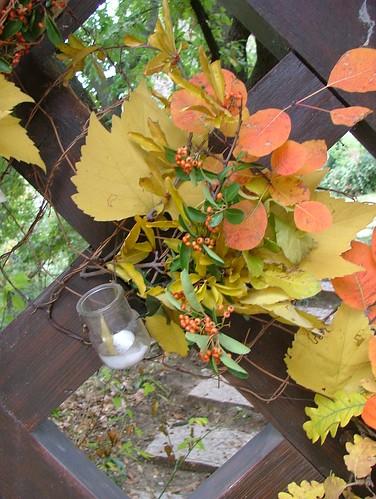 Autumn gate decoration