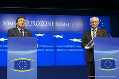 Official press conference following the Eurozo...