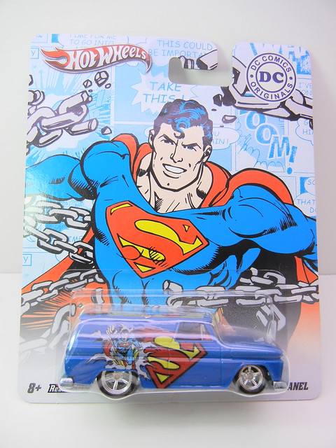 HOT WHEELS NOSTALGIA DC COMICS SUPERMAN '64 GMC PANEL (1)