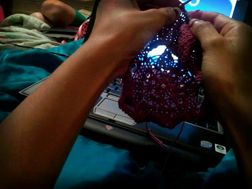Blogging and knitting by The Knitting Mama Bear