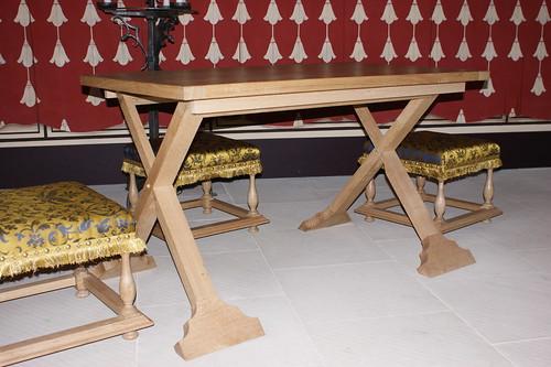 X-frame Table - Stirling Castle