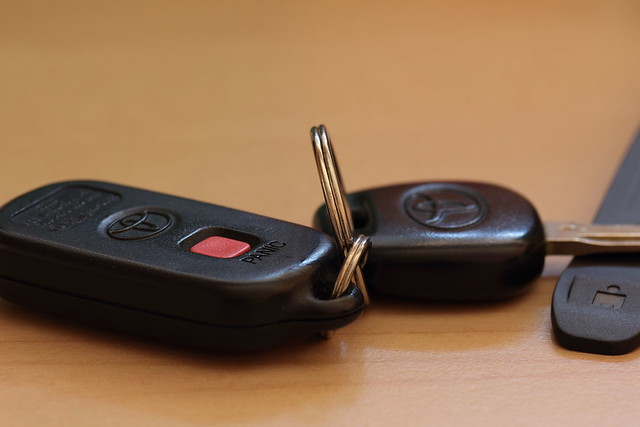 Researchers Use Kinect To Keep Track Of Missing Car Keys Kill Screen