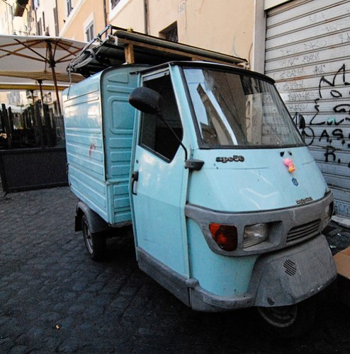 Rome Ape 50 tiny truck