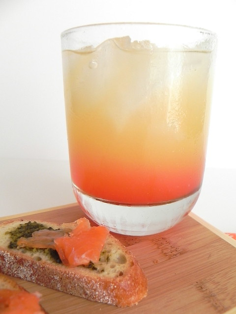 Gin Sunrise and Smoked Salmon Pesto Crostini