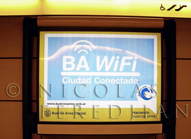 Parque Patricios, la primera estación que tiene Wi Fi. Se extendería a toda la red de subtes