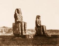 Gournah (Thèbes) - colosses (celui de droite, dit de Memnon), 1851-2, by Félix Teynard