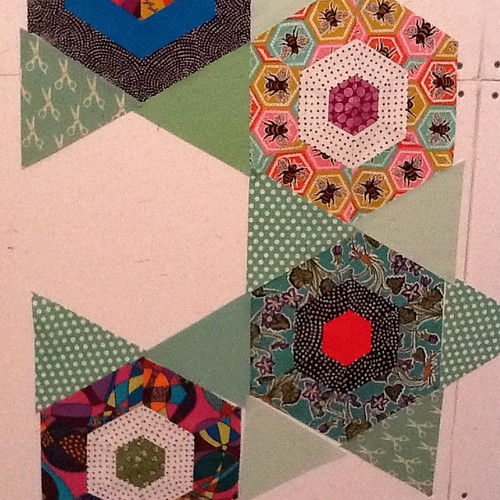 Bees knees #quilt on the design wall by stitchoutsidetheditch