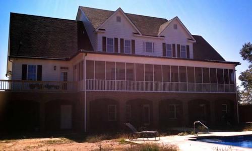 country-farmhouse-rear-porch