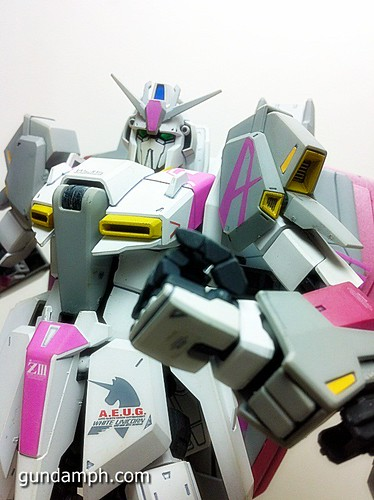 MG Zeta Karaba White Unicorn Painted Build (16)