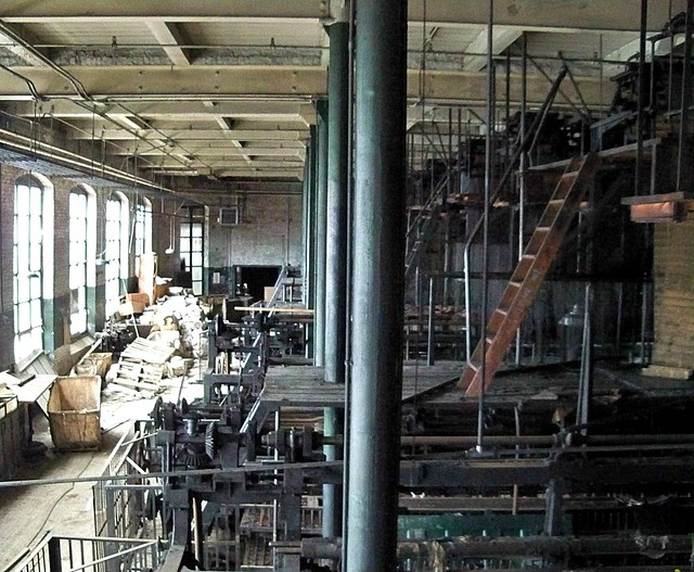 Scranton Lace Factory: The Loom Room is History Now {EXPLORE}