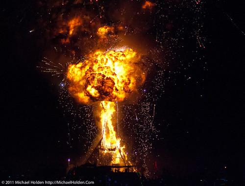 Burning Man 2011: The Man Burns!