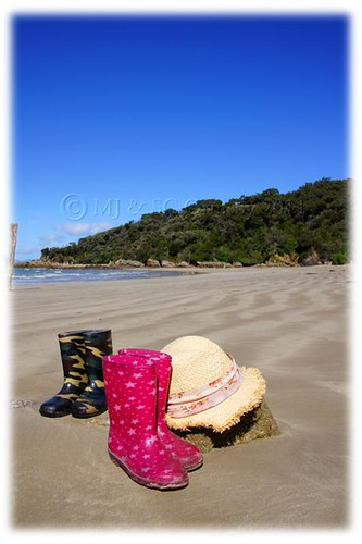 Gumboots Left for Sand