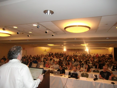 Standing Room Only for Marc Ostrofsky at Affiliate Summit East 2011