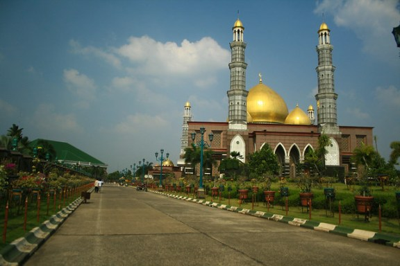 Dian Al-Mahri mosque, 2014 new year resolutions