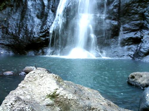 beberapa destinasi wisata yang ada di sulawesi barat air terjun tamasapi mamuju