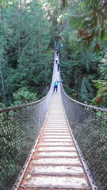 me dangling flat k off lynn bridge