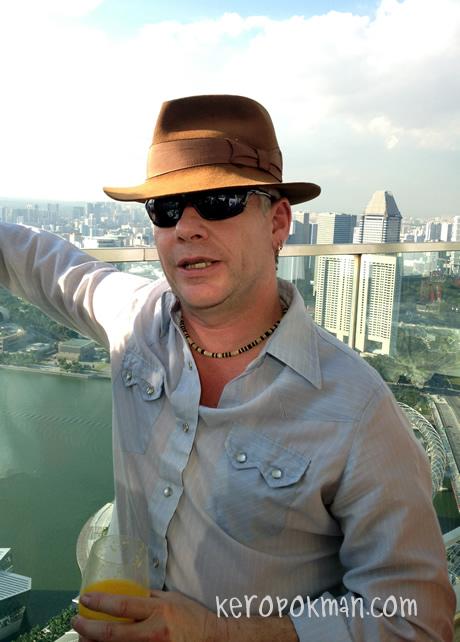 Invite Mr Wright debuts 29 March 2012 @ TLC Asia