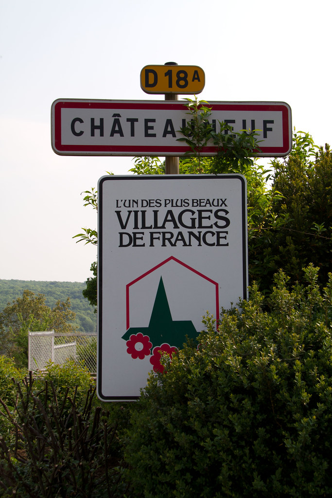 Châteauneuf 20110427-IMG_8829