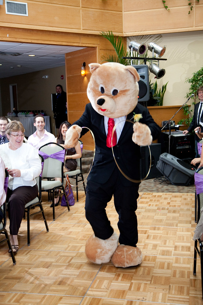 Paying homage to our favorite wedding party member the RING BEAR
