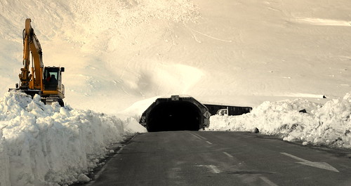 Clearing snow at the Homer Tunnel