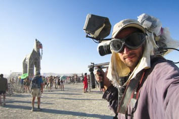 709BurningMan2011_MikeHedge_0374