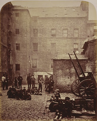 Close, No. 46 Saltmarket, from Old Closes and Streets of Glasgow, 1868-71, by Thomas Annan