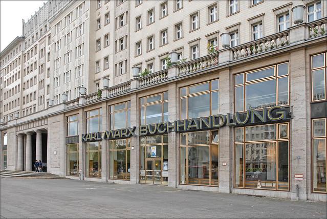 Librairie sur la Karl-Marx-Allee (Berlin)