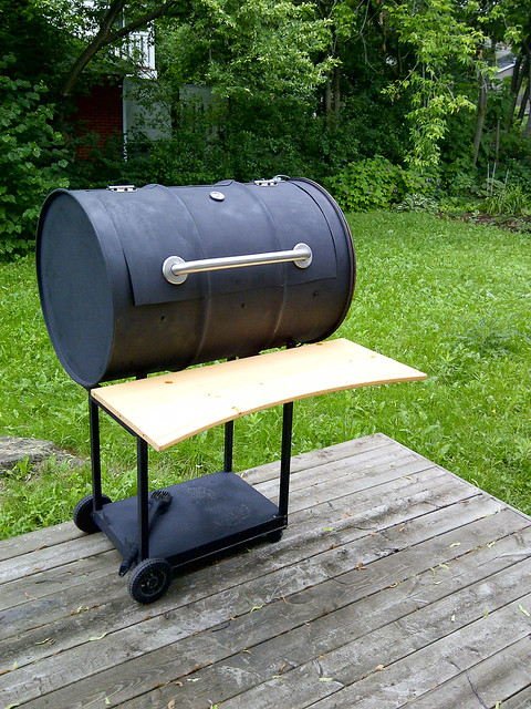 55-Gallon Drum BBQ