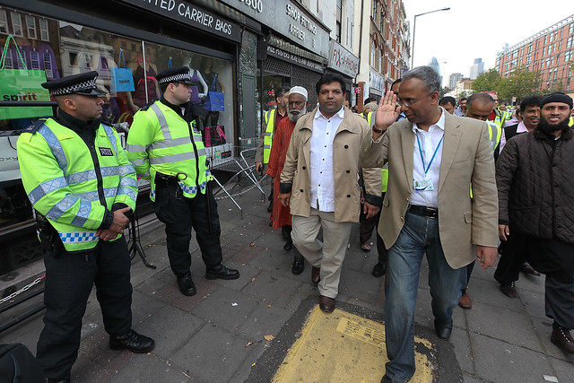 BYE BYE COPPERS YOUR NOT NEEDED HERE ANYMORE. THIS IS THE ISLAMIC REPUBLIC OF TOWER HAMLETS WE ONLY RECOGNIZE SHARIA LAW