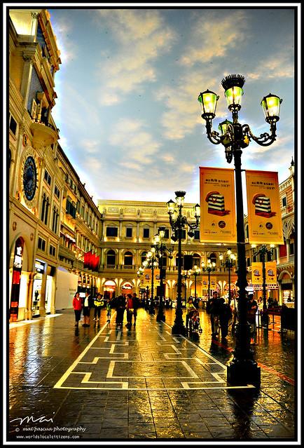 AA and Mai Macau 097 copy