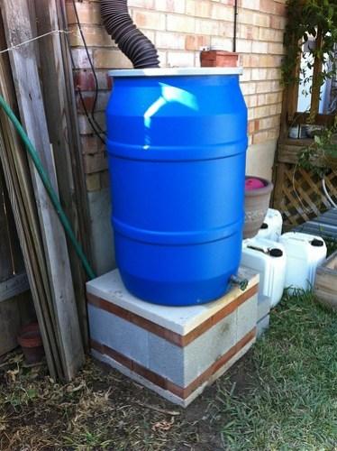 Rain barrel - new base