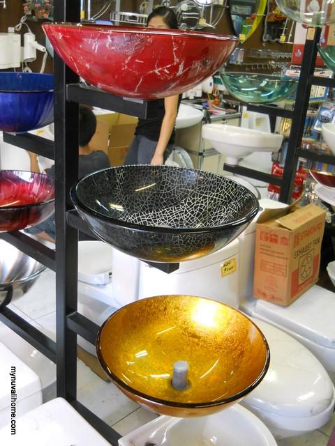 Binondo Shopping for Fixtures and Lighting (4)