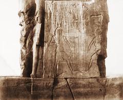 Gournah (Thèbes) - colosse de gauche - décoration de la face nord-est du trône, 1851-2, by Félix Teynard