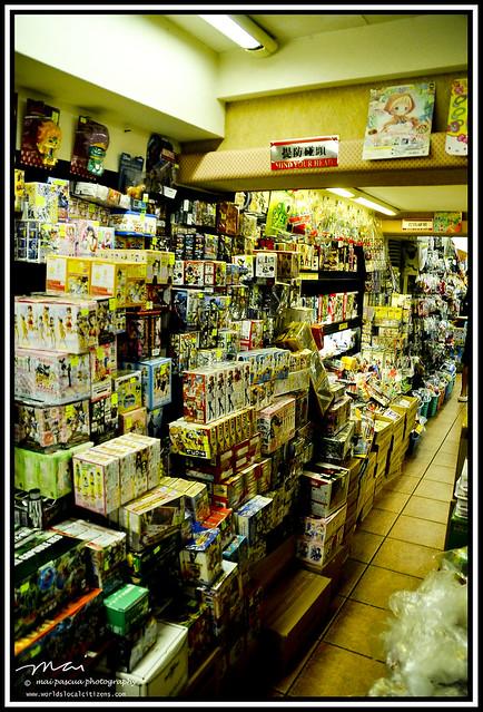AA and Mai Macau 077 copy