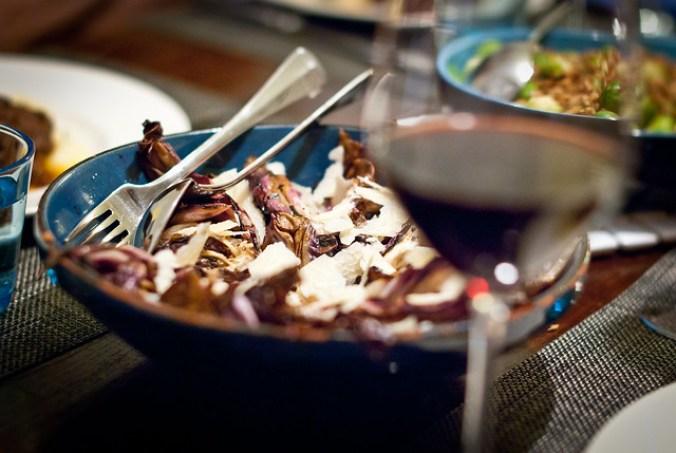 Lekker bij de wild zwijn stoofpot: salade van gegrilde radicchio met Parmezaanse kaas @ Flickr