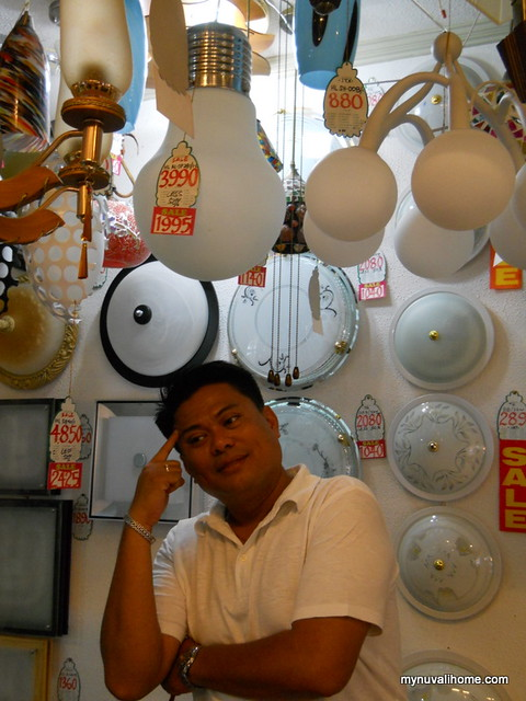 Binondo Shopping for Fixtures and Lighting (23)