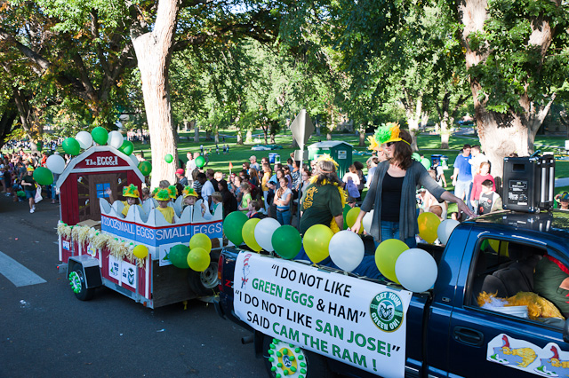 Oval Parade