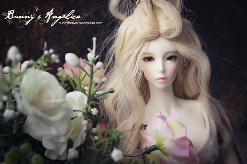 angelica_24112011_03_v1_800